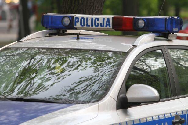 Policja zatrzymała 3 kibiców policja