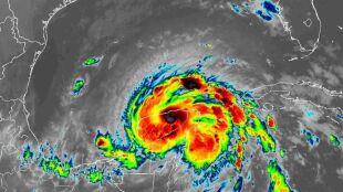 Zeta uderzyła w półwysep Jukatan. Niesie ulewne deszcze i ryzyko podtopień